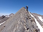 Start of the knife-edge section on the south ridge of Big Boy Peak.