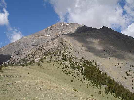 The east ridge of Diamond Peak.