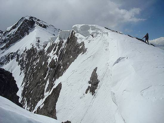 Cornices overhanging the northwest ridge of Horseshoe Mountain.