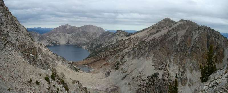 Sawtooth Lake and Alpine Peak from the southeast ridge of Mount Regan.