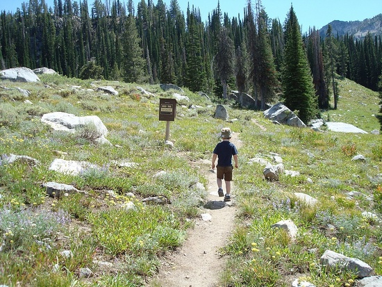 Leaving the trailhead for Rainbow Basin.